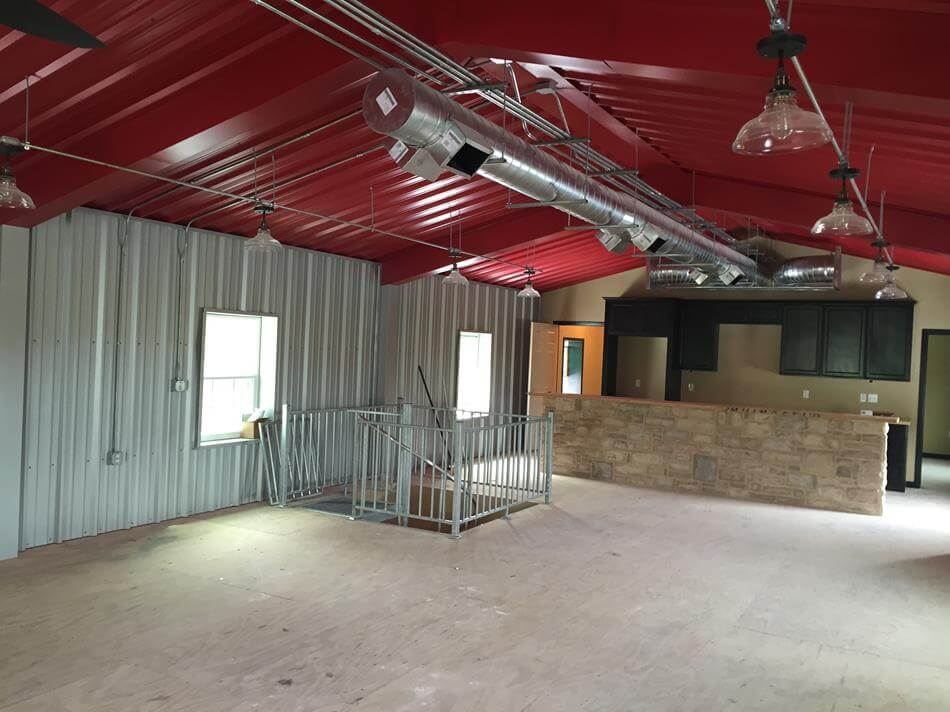 Merveilleux ... Texas Man Cave With Upstairs Living Quarters In Cuero, ...